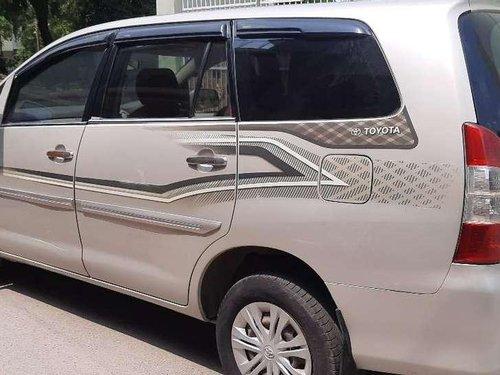 Toyota Innova 2.0 GX 8 STR BS-IV, 2012, Diesel MT in Ghaziabad