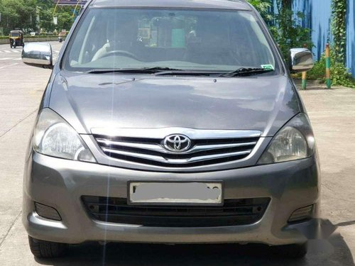 2011 Toyota Innova 2.5 VX 7 STR MT in Thane
