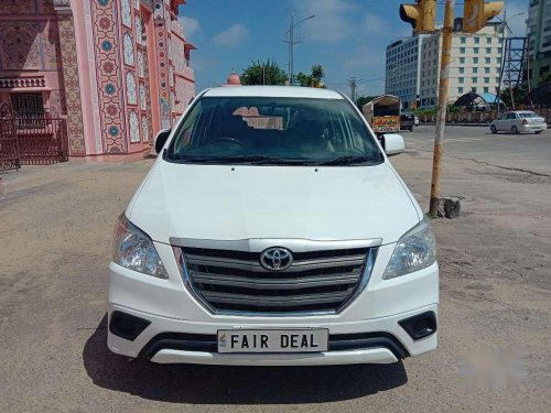 Toyota Innova 2015 MT for sale in Jaipur-11