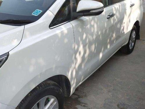 Toyota Innova Crysta 2016 MT for sale in Ghaziabad