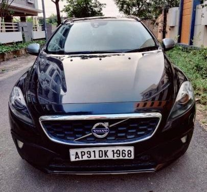 2016 Volvo V40 Cross Country D3 AT in Hyderabad