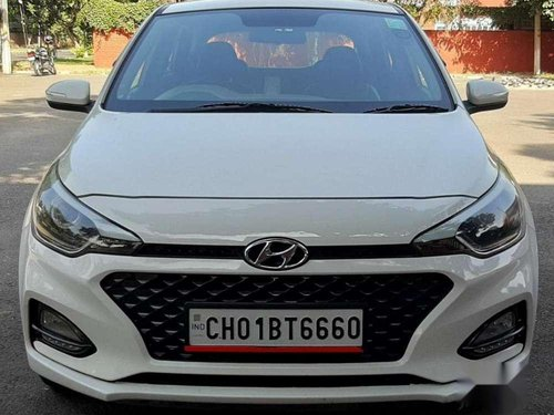 2018 Hyundai i20 Sportz 1.4 CRDi MT in Chandigarh