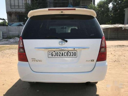 Toyota Innova 2006 MT for sale in Ahmedabad