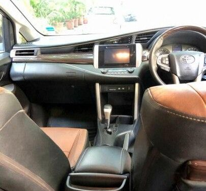 Used Toyota Innova Crysta 2.8 ZX AT 2016 AT in New Delhi