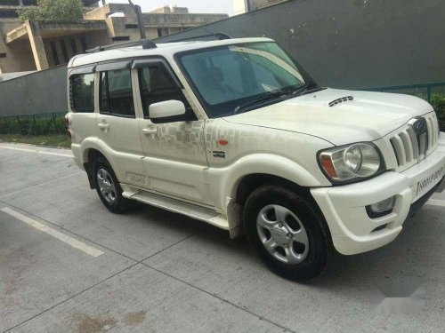 Mahindra Scorpio SLE, 2013, AT for sale in Gurgaon