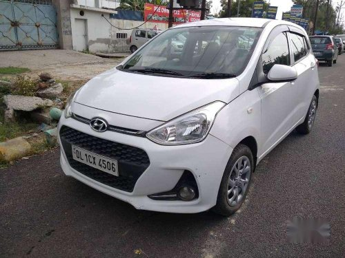 Hyundai Grand i10 Magna 2017 MT for sale in Ghaziabad