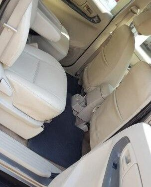 Used 2010 Toyota Innova MT for sale in Ahmedabad