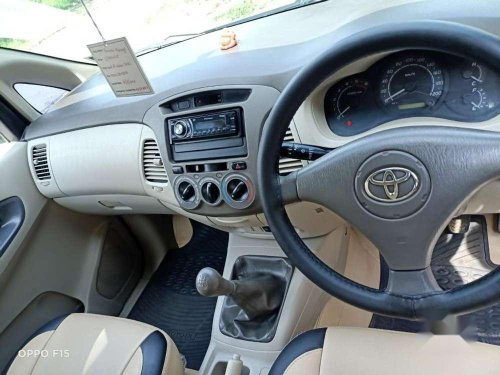 Used Toyota Innova 2.5 G4 8 STR, 2009 MT for sale in Pune