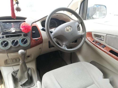 Used Toyota Innova 2.5 V 8 STR, 2007 MT for sale in Mumbai-3