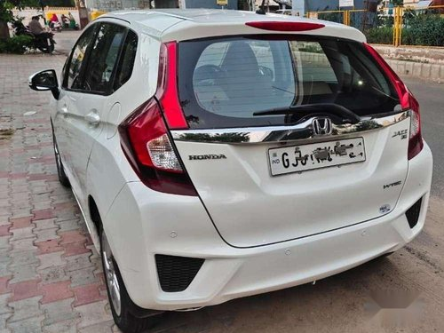 Used Honda Jazz V 2016 MT for sale in Ahmedabad -9