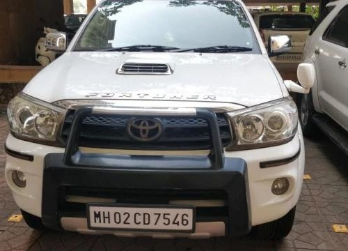 Used 2011 Toyota Fortuner 4x4 MT for sale in Chennai