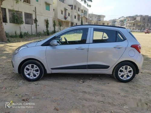 Used 2015 Hyundai Grand i10 MT for sale in Ahmedabad