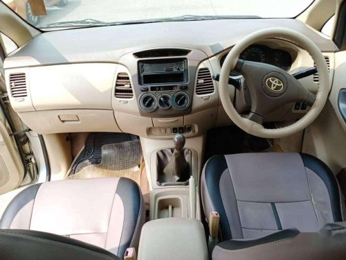 Used Toyota Innova 2006 MT for sale in Mumbai