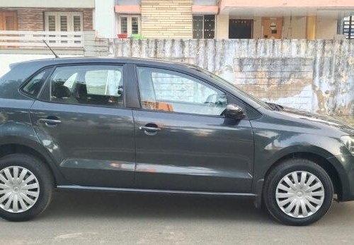 Volkswagen Polo 1.2 MPI Comfortline 2016 MT in Ahmedabad
