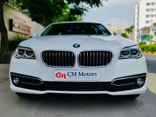 BMW 5 Series 520d Luxury Line 2015 AT for sale in Ahmedabad -14
