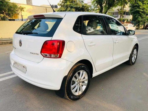 Volkswagen Polo Highline, 2013, MT in Ahmedabad -5