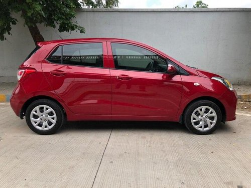 Used Hyundai Grand i10 2017 AT for sale in Ahmedabad