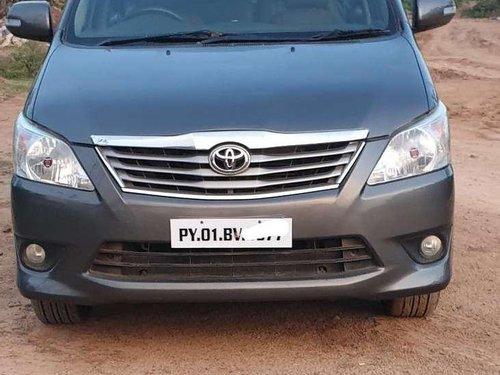 Toyota Innova 2.5 VX 8 STR, 2013, MT in Pondicherry