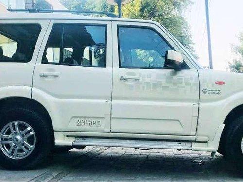 2014 Mahindra Scorpio VLX MT for sale in Vadodara