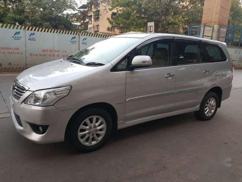 Used Toyota Innova 2.5 VX 8 STR 2012 MT for sale in Mumbai-6