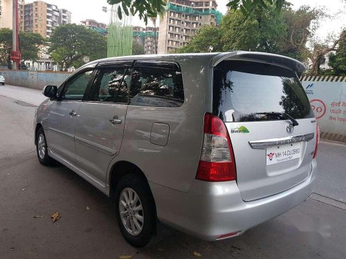 Used Toyota Innova 2.5 VX 8 STR 2012 MT for sale in Mumbai-4