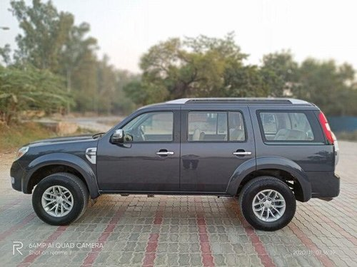 Used 2013 Ford Endeavour MT for sale in New Delhi