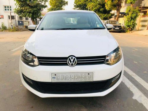 Volkswagen Polo Highline, 2013, MT in Ahmedabad -9
