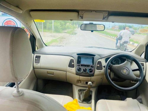 Used Toyota Innova 2011 MT for sale in Ambala