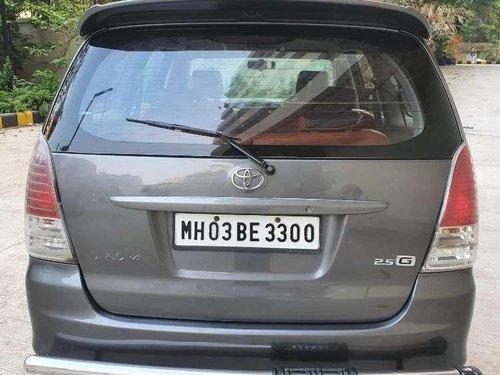 Toyota Innova 2.5 G4 8 STR, 2011, Diesel MT in Mumbai