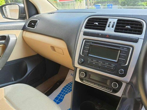 Volkswagen Polo 2014 MT for sale in Thane-8