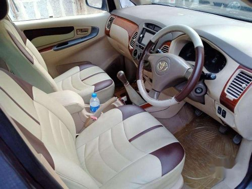 Toyota Innova 2.5 G BS III 8 STR, 2006 MT for sale in Mumbai-5
