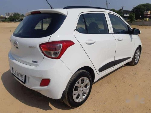 2015 Hyundai Grand i10 Sportz MT in Ahmedabad