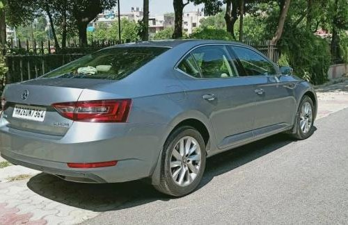 2018 Skoda Superb LK 1.8 TSI AT in New Delhi-7