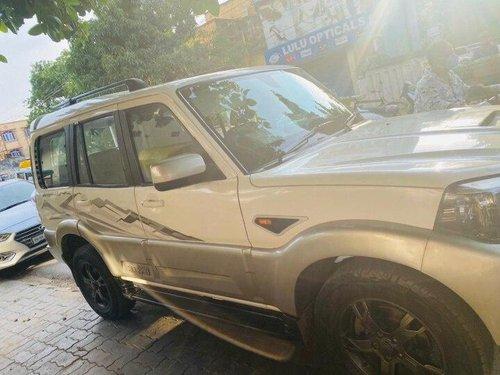 2016 Mahindra Scorpio VLX 2WD AIRBAG BSIV AT in Patna
