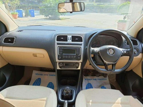 Volkswagen Polo 2014 MT for sale in Thane-6