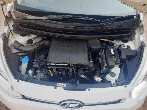 2016 Hyundai Grand I10 Sportz MT in Ahmedabad