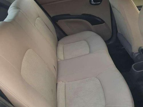 Hyundai i10 Magna 2013 MT for sale in Ahmedabad