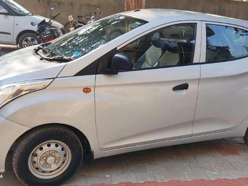 Used 2015 Hyundai Eon Era MT for sale in Gandhinagar