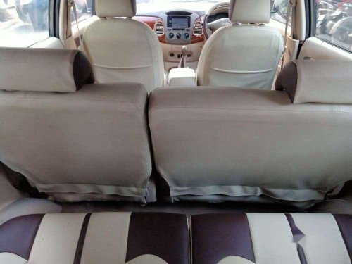 Toyota Innova 2.5 G BS III 8 STR, 2006 MT for sale in Mumbai