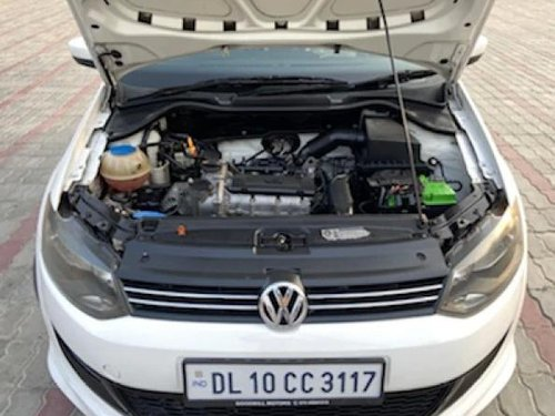 2013 Volkswagen Polo 1.2 MPI Highline MT in New Delhi-8