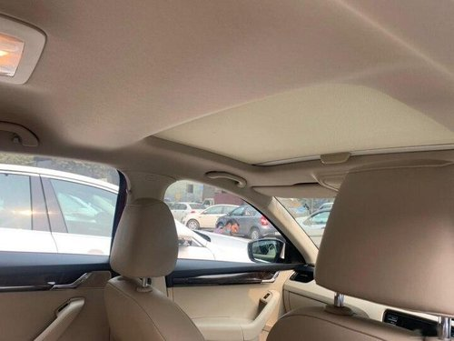 2017 Skoda Octavia 1.8 TSI Style AT in New Delhi