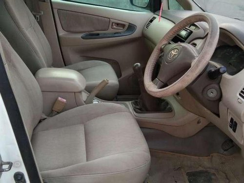 Toyota Innova 2.5 E 2006 MT for sale in Ahmedabad-9