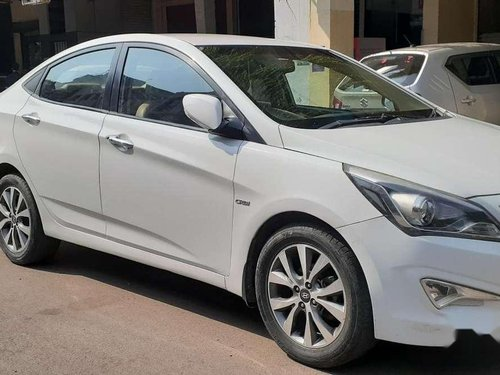 Hyundai Fluidic Verna 2015 MT for sale in Kanpur