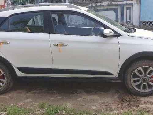 Hyundai i20 Active 1.4 SX 2016 MT for sale in Varanasi