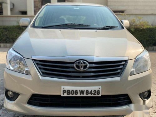 Toyota Innova 2013 MT for sale in Jalandhar