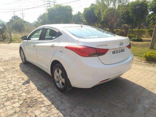 Hyundai Elantra 2.0 SX Optional, 2013, Diesel MT in Chandigarh