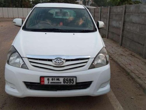 Toyota Innova 2.5 E 2006 MT for sale in Ahmedabad-12