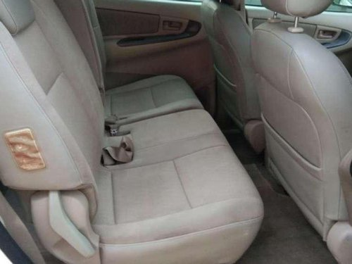 Toyota Innova 2.5 E 2006 MT for sale in Ahmedabad-8