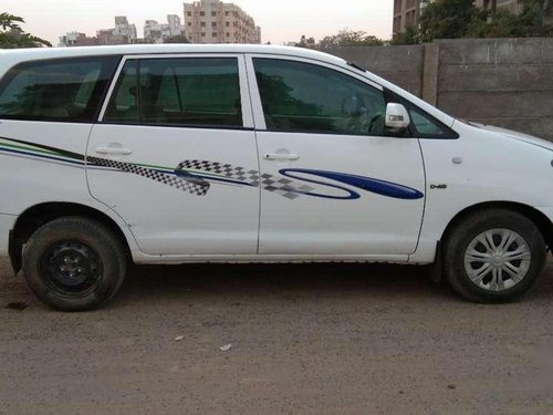 Toyota Innova 2.5 E 2006 MT for sale in Ahmedabad-10