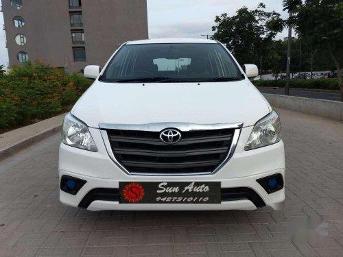 Toyota Innova 2.5 G BS IV 8 STR, 2016, Diesel MT in Ahmedabad